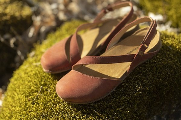 a6546534 Buy Softinos, Saucony, Merrell, Fly London & Clarks shoes online